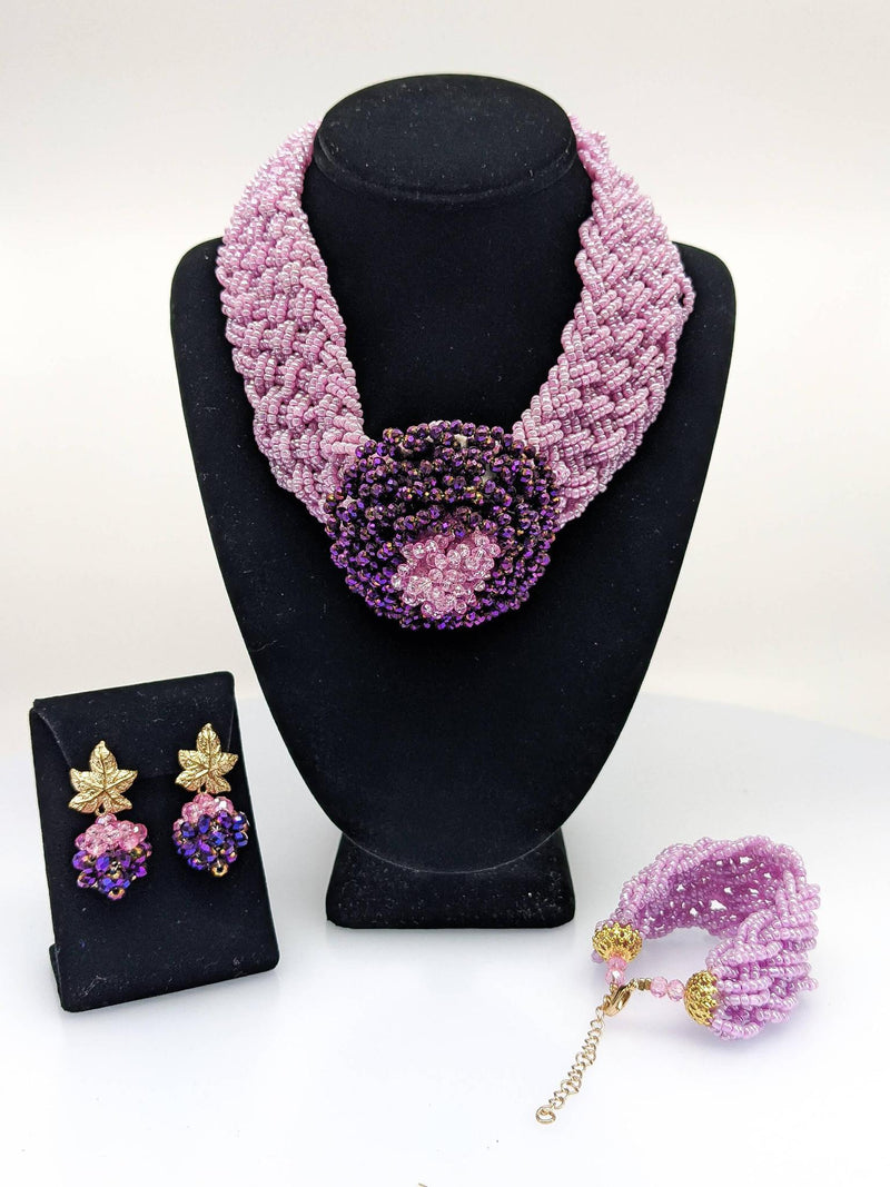 Round Shaped Lilac Beaded Necklace - AFRIKAN ATTIRE - african_clothing - - african_attireAFRIKAN ATTIRE - african_fashion