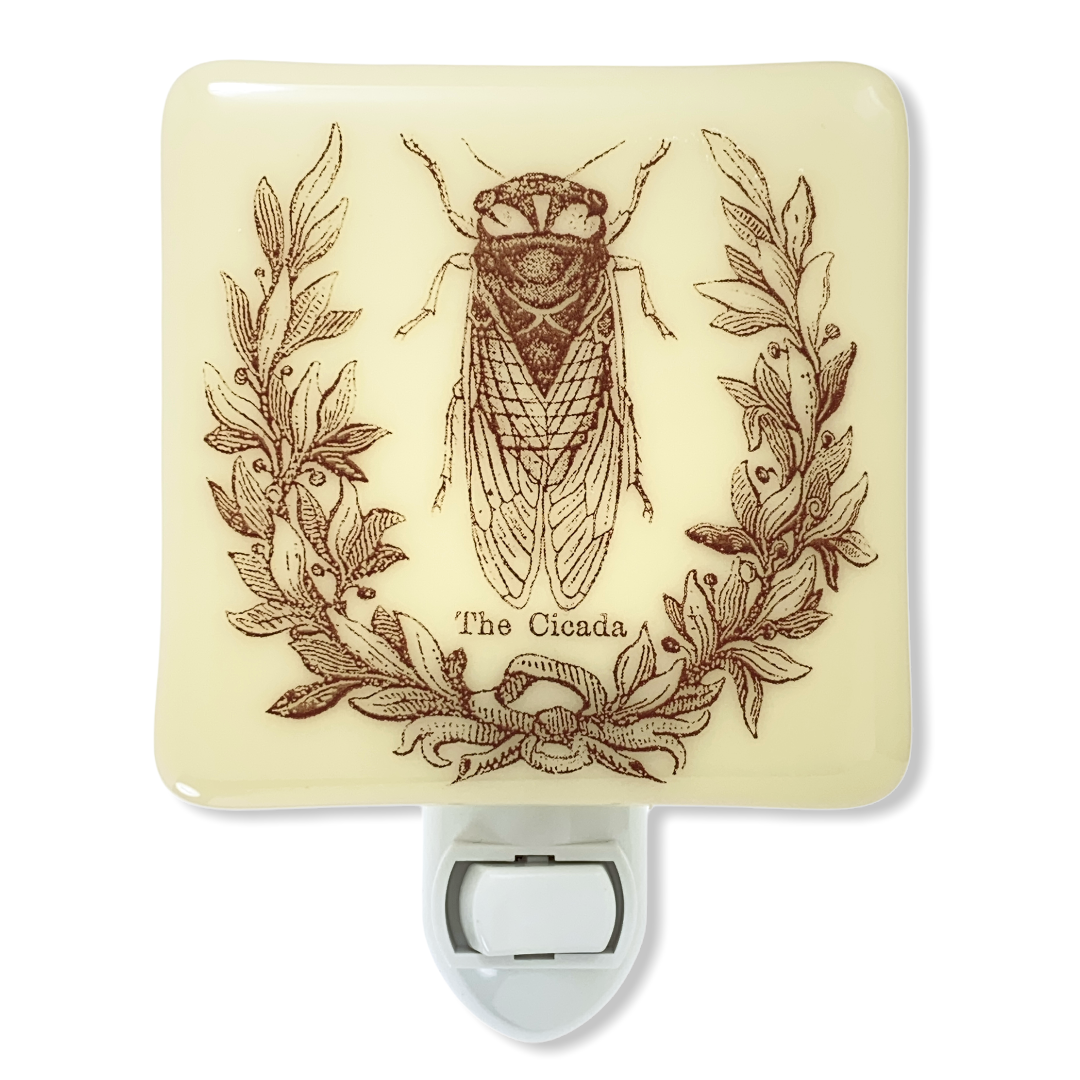 Cicada Laurel Wreath Night Light
