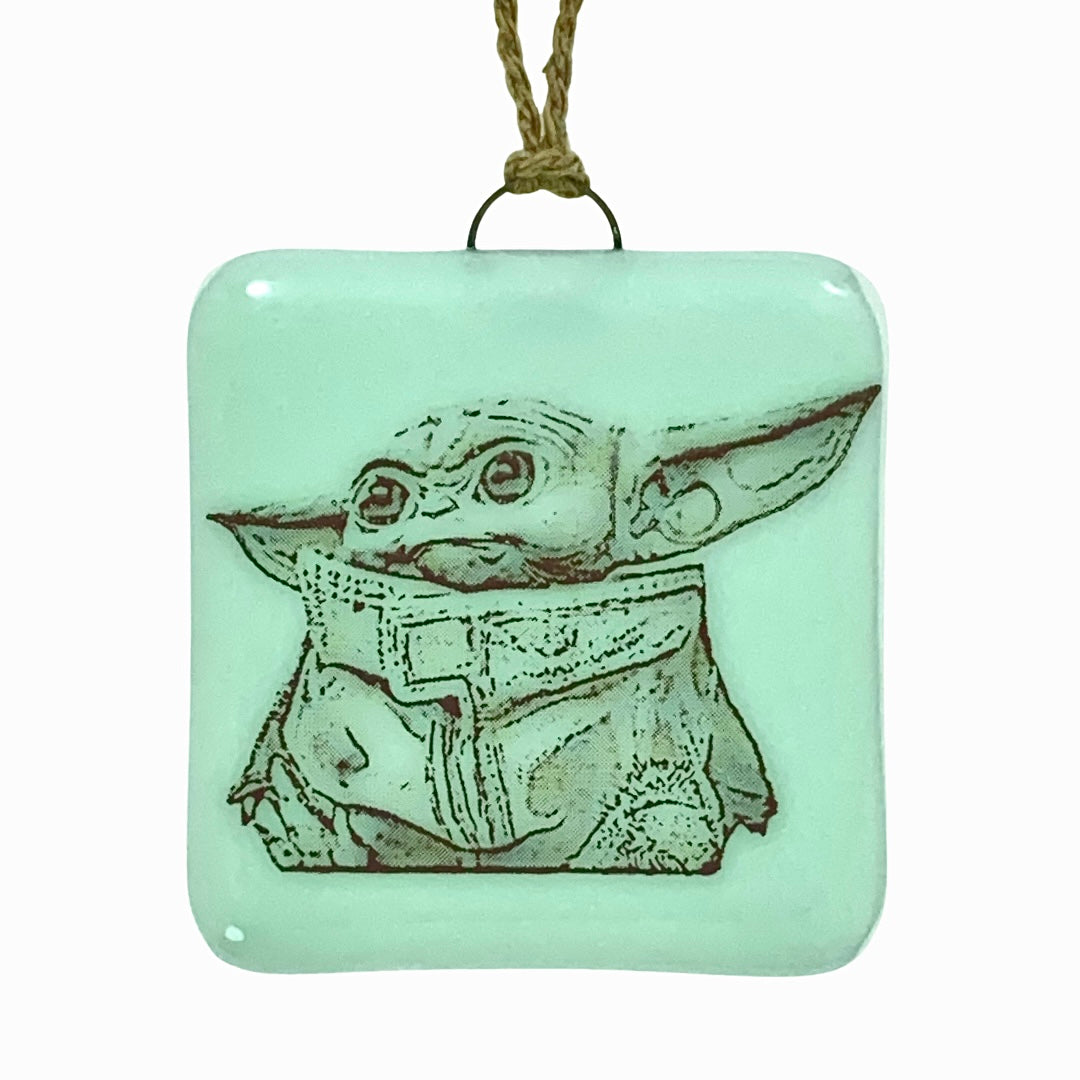 Baby Yoda - Star Wars - Mandalorian - Ornament