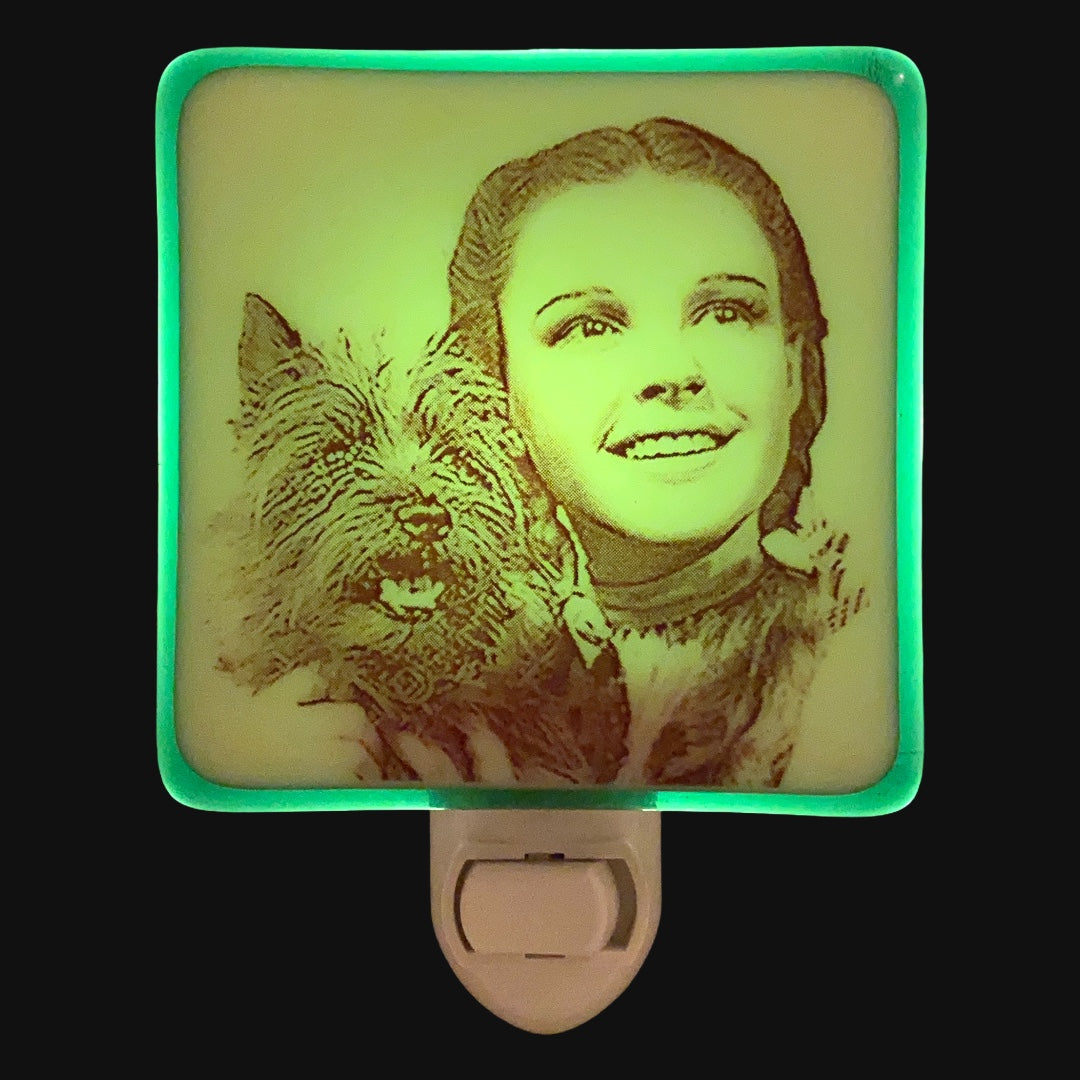 Copy of Wizard of Oz - Emerald Green Dorothy and Toto Night Light