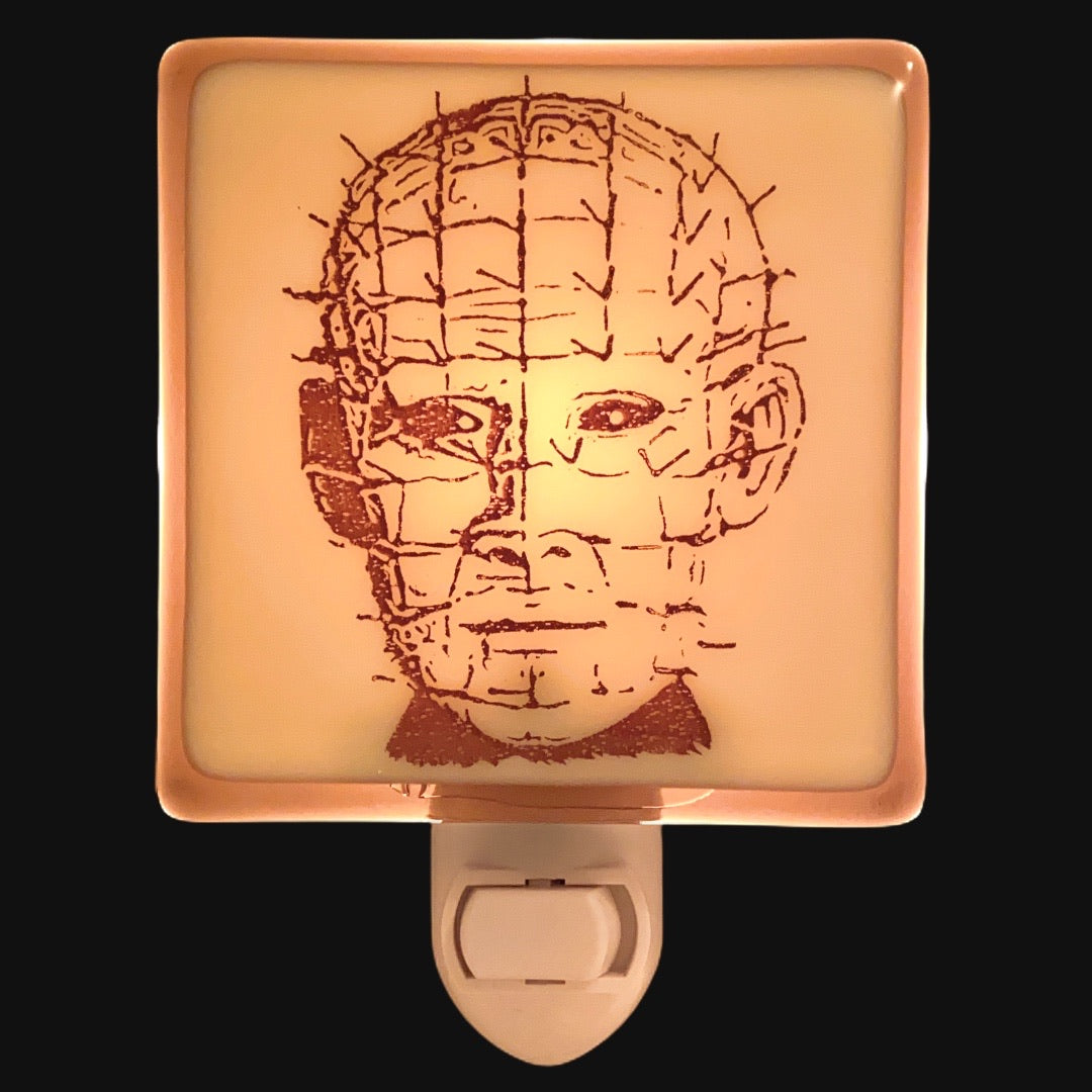 Hellraiser - Pinhead Night Light - Bronze/Ivory Glass