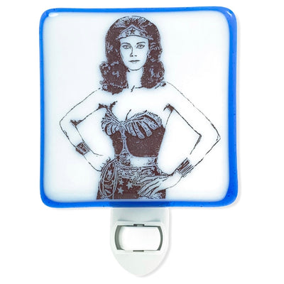 Wonder Woman Standing - Lynda Carter - Night Light