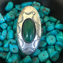 Load image into Gallery viewer, Vintage Navajo Sterling Silver Shadowbox Malachite Ring