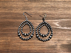 Double Loop Navajo Pearl Earrings