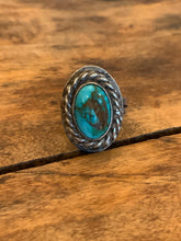 Load image into Gallery viewer, Vintage Turquoise Rope Ring