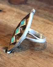 Load image into Gallery viewer, Turquoise Inlay Ring