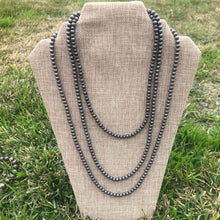 Load image into Gallery viewer, 3mm and 4mm Corrugated Navajo Pearl Choker Necklace