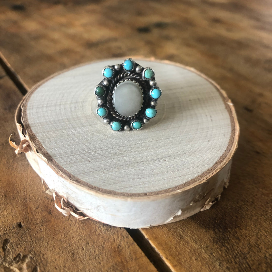 Vintage Turquoise & Mother of Pearl Cluster Ring