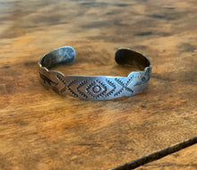 Load image into Gallery viewer, Vintage Stamped Cuff