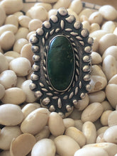 Load image into Gallery viewer, Vintage Native American Malachite Ring