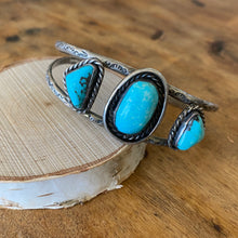 Load image into Gallery viewer, Vintage Three Stone Cuff