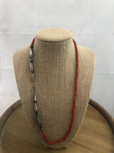 Simple and beautiful coral bead necklace