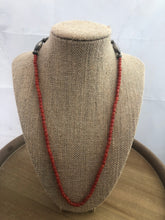 Load image into Gallery viewer, Simple and beautiful coral bead necklace