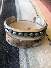 Load image into Gallery viewer, Navajo 6 Stone Cuff