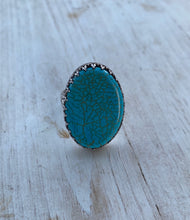 Load image into Gallery viewer, Large Turquoise Oval Ring