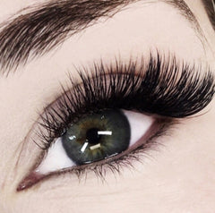 DAZZLING LASH BAR | BEST RUSSIAN VOLUME EXTENSIONS NYC