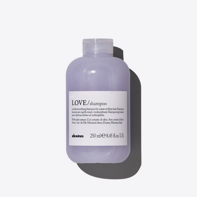 Essential Love Smoothing Shampoo