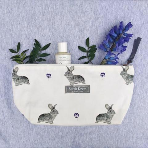 Daisy and Pansy Washbag