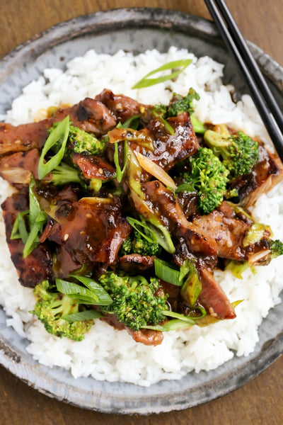 Beef and Broccoli Stir Fry with Ginger Soy Sauce | Wozz! Kitchen Creations