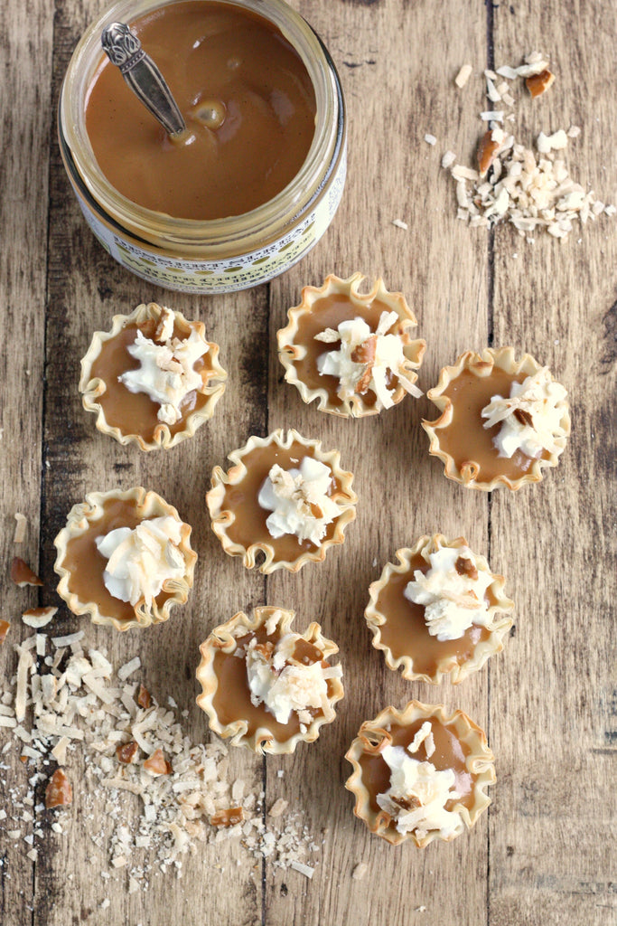 White Chocolate Banana Cream Pie Mini Tarts