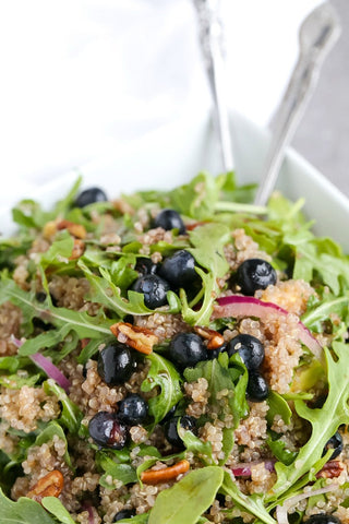 Blueberry Quinoa Salad with Pecans | Wozz! Kitchen Creations