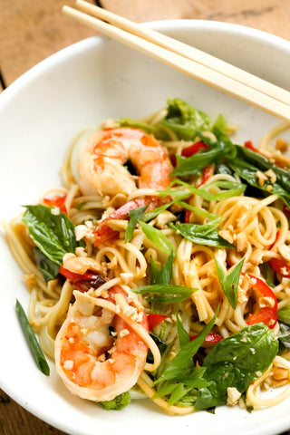 Shrimp Lo Mein Stir Fry with Ginger Soy Sauce | Wozz! Kitchen Creations
