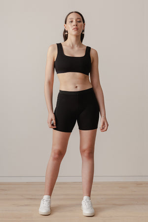 Scallop Crop - Black - LOCLAIRE