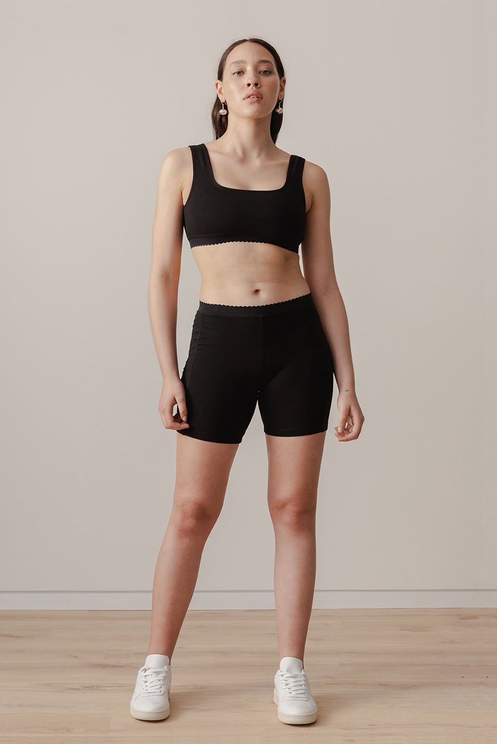 Scallop Bike Short - Black - LOCLAIRE