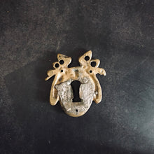 Load image into Gallery viewer, The Pimp Nyle - Vintage Escutcheon / Vintage Keyhole Cover