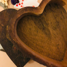Load image into Gallery viewer, Heart wooden box