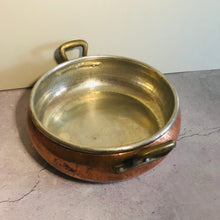 Load image into Gallery viewer, The Director Iris - French Vintage Large Copper Pan
