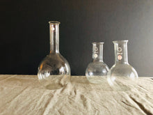 Load image into Gallery viewer, The Artist Marcus - Vintage Science Pyrex Flask Set