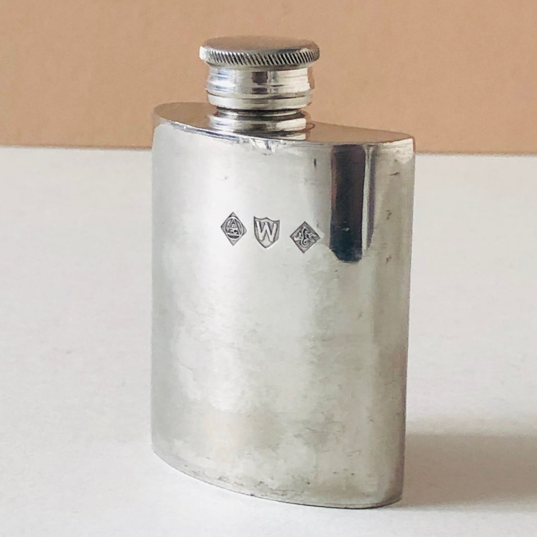 The Artist Mila - Vintage Pewter Pocket Hip Flask