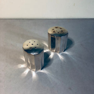 The Director Tristan - Pair Of Vintage Silver Salt & Pepper Shakers