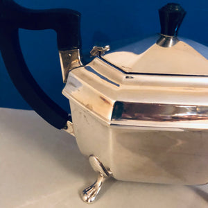 Beautiful Antique Silver Quality Silver Plate Lions Foot Teapot