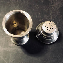 Load image into Gallery viewer, The Director Arthur - Art Deco Silver Pepper & Spice Shaker