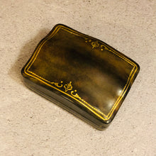 Load image into Gallery viewer, The Mixologist Logan - Antique Leather Florentine Case