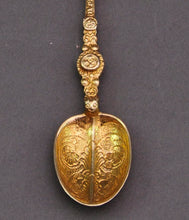 Load image into Gallery viewer, The Headhunter Duncan - Sterling Silver Gilt Coronation Spoon