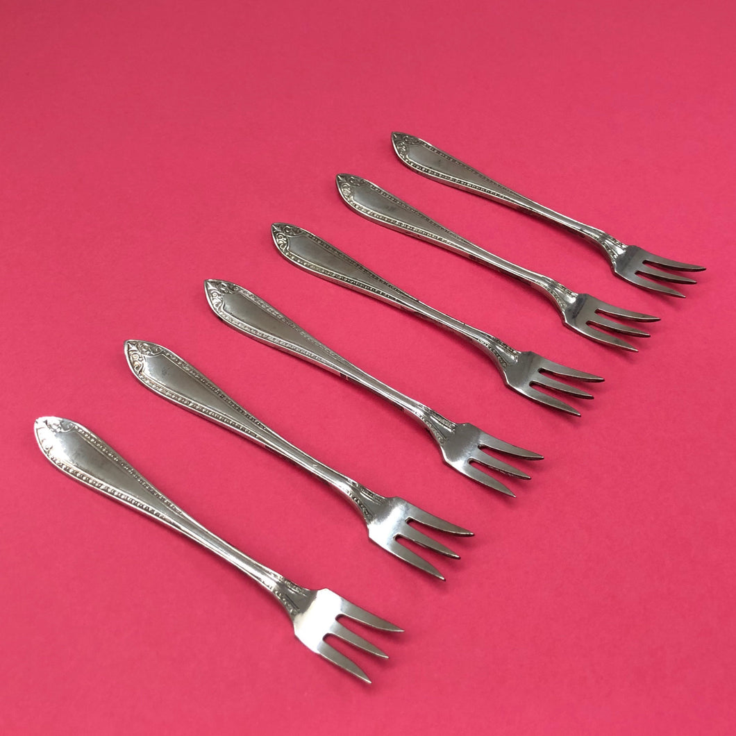 The Headhunter Fabian - Set Of 6 Vintage Dessert Forks