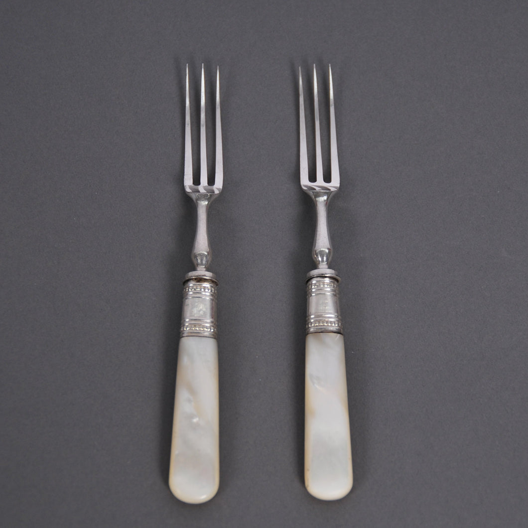 The Headhunter Ida - Mother Of Pearl Handle Fruit / Dessert Forks
