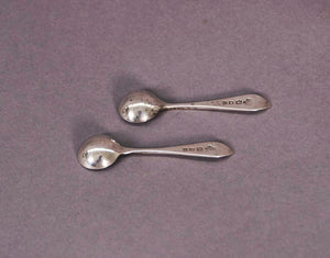 The Headhunter Morgan - Pair of Antique Tiny Salt Spoons