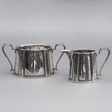 Load image into Gallery viewer, Master Perry - Walker & Hall Silver Plate Sugar and Cream Set