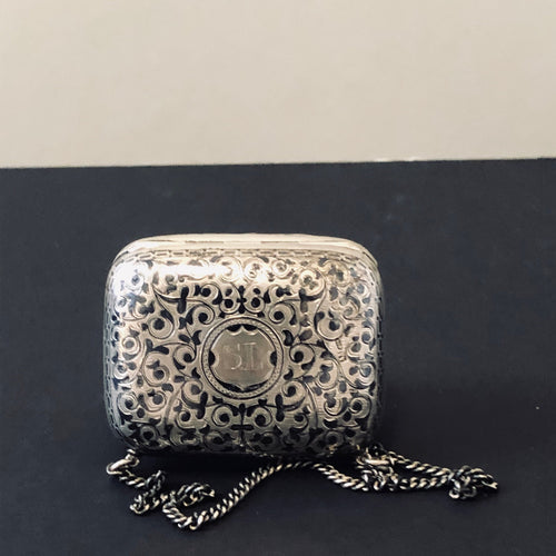 The Mixologist Quinn - Antique Silver Coin Purse / Snuff Box