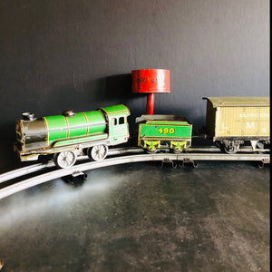 The Director Henry - Vintage Hornby O Gauge Locomotive Train Set and Accessories