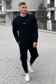 BLACK BASIC SWEATER