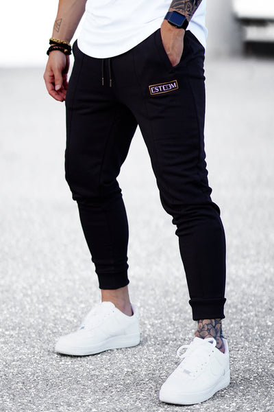 BLACK PATCH SWEATPANTS
