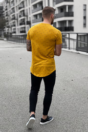 DARK YELLOW PATTERN TEE