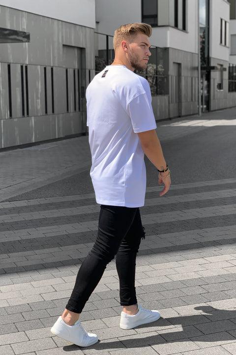 WHITE BASIC OVERSIZED TEE