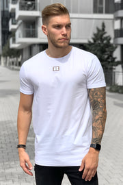WHITE CENTERED LOGO TEE