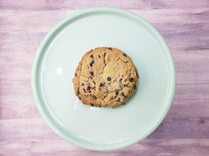 XXL Chocolate Chip Cookie